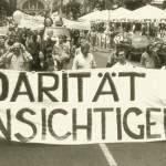 Rezension zu Die Kapsel; Bild: Demonstration in Frankfurt/Main am 9. Juli 1988