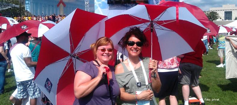 Martine de Schutter (links) und Lella Cosmaro in Washington (2012)