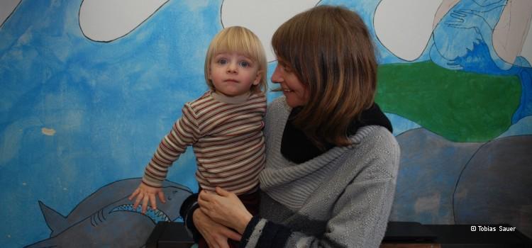 Charlotte mit ihrem Sohn Demian