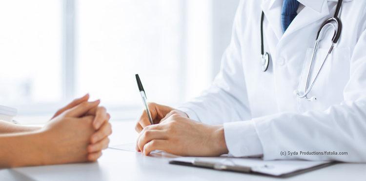 Nahaufnahme von Arzt und Patient