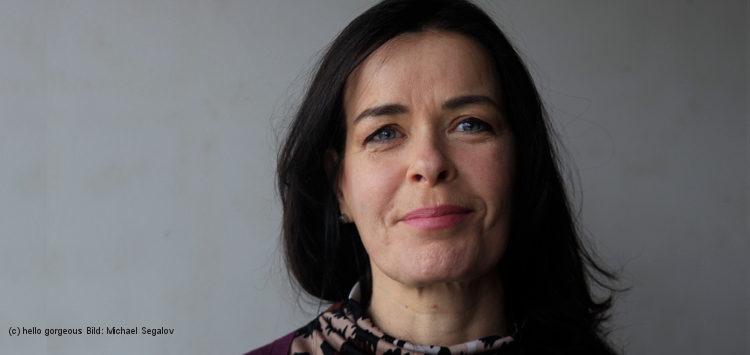 Porträt von Silvia Petretti, die sich gegen das HIV-Stigma engagiert