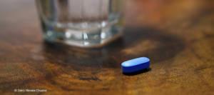 Eine PrEP Pille täglich schützt Lutz vor HIV